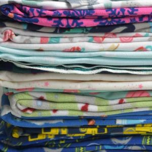 Print Micro Fleece Mixed Colours Remnant Pack 148cm